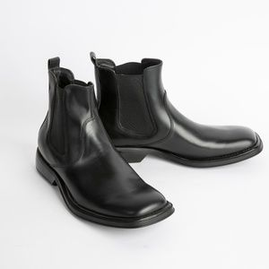 Kenneth Cole Unlisted Chelsea Boots